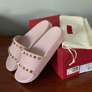 Valentino Rockstud Pink Sandals AUTHENTIC & NEW
